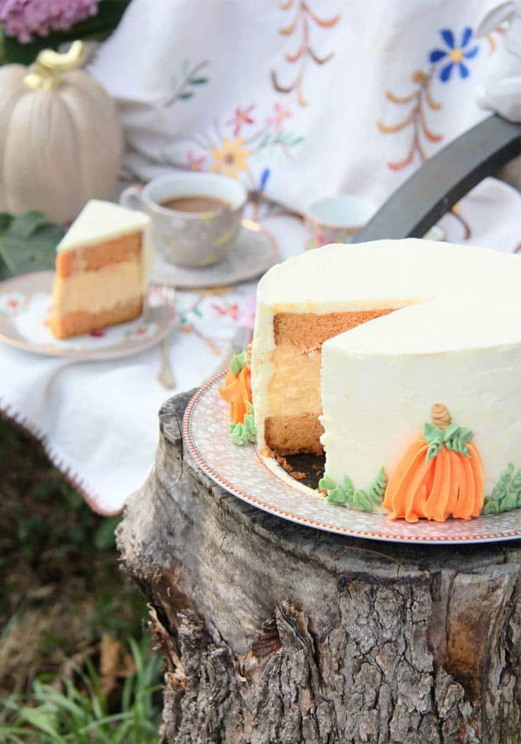 Tarta cheesecake bizcocho de calabaza